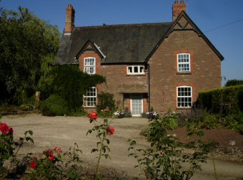 Lyston Villa bed and breakfast accommodation